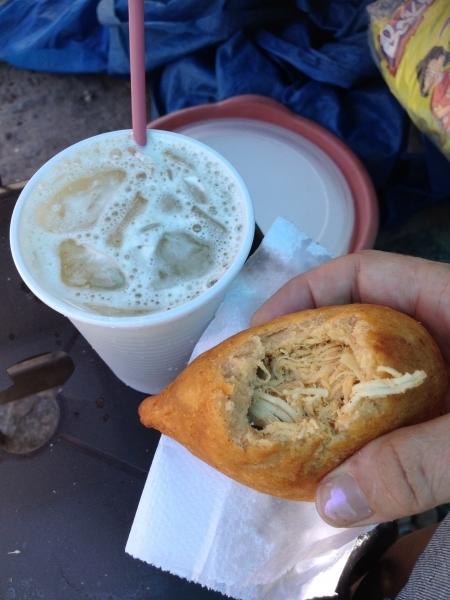 Caldo de cana and coxinha
